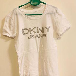 🚚 DKNY 白色踢恤 t shirt 休閒