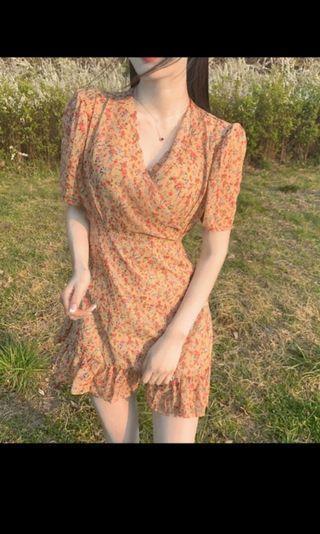 (po) floral wrap dress