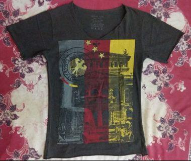 Kaos T-Shirt Lengan Pendek