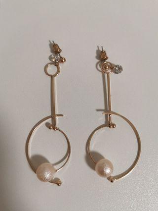 🚚 Pearl Earrings