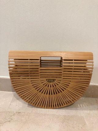 🚚 Wooden Bamboo Clutch