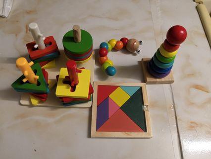 木製玩具四件