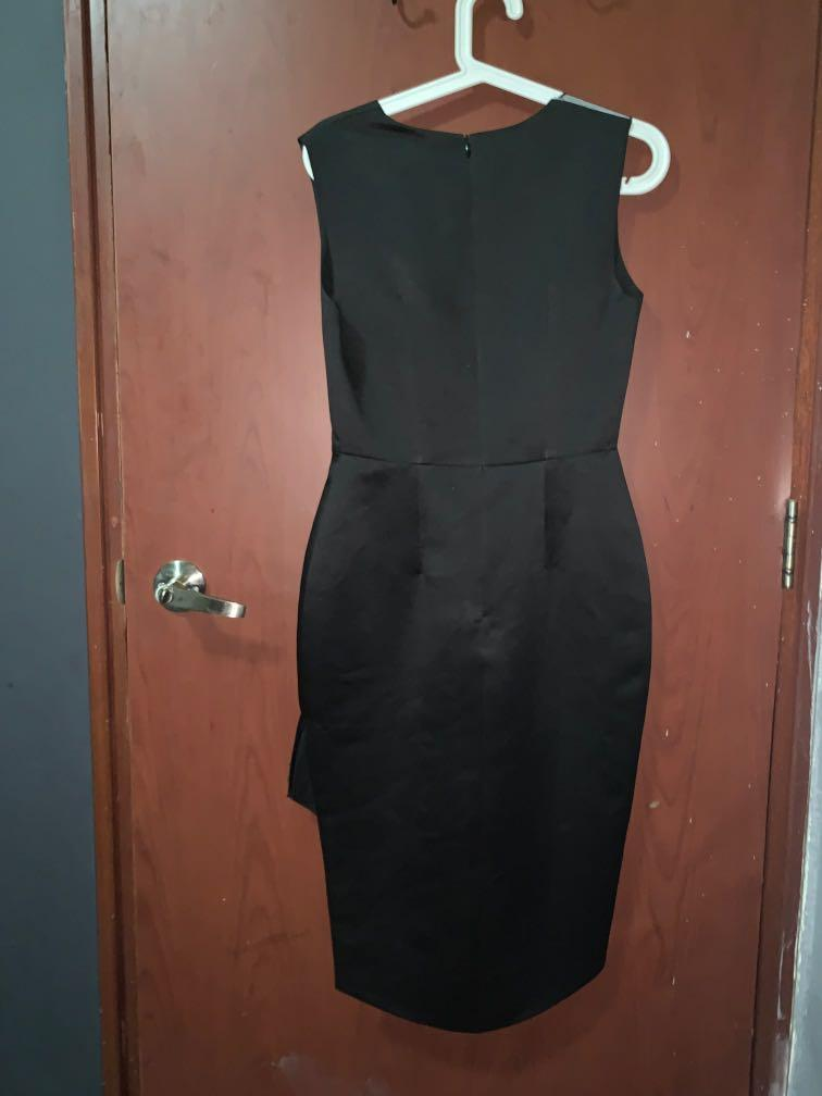 Black Dress size S fit to size M! Used once only for birthday!