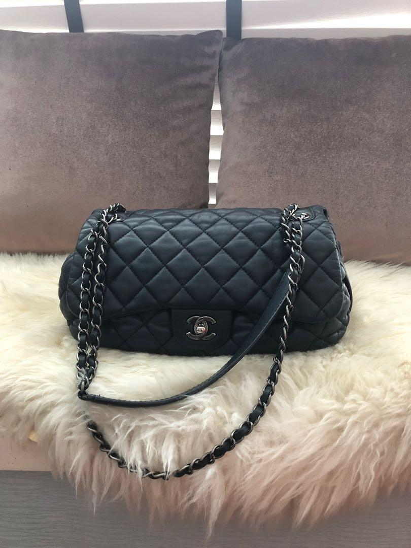 bca9bbcb Chanel Jumbo bag, Luxury, Bags & Wallets, Handbags on Carousell