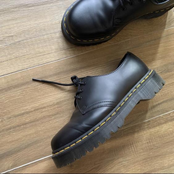 Dr Marten Shoes