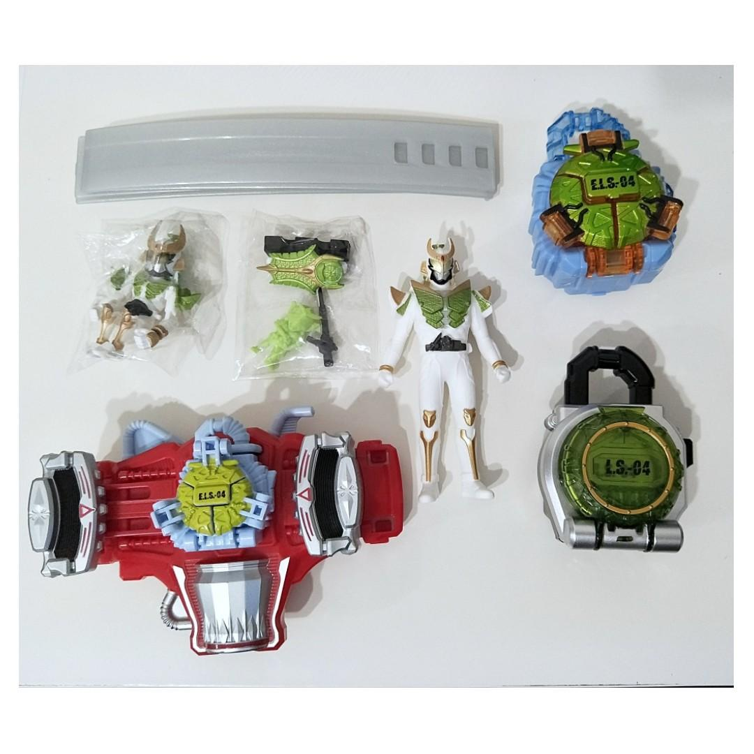 Kamen Rider Gaim Melon Energy Belt Figures and Lock