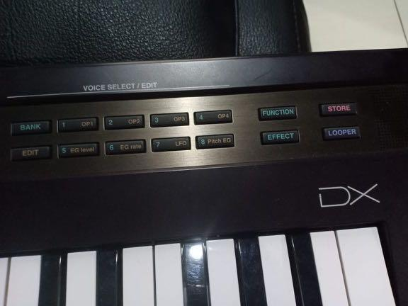 Keyboard Yamaha Reface DX