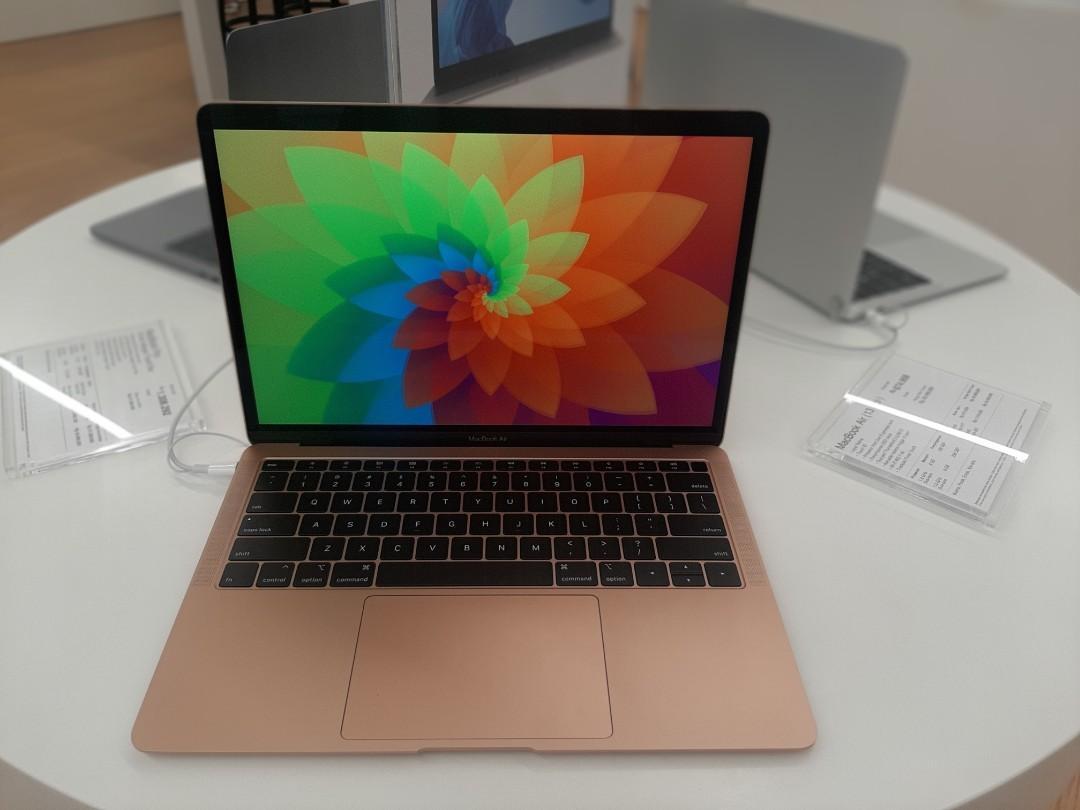 Macbook air 13 inci terbaru kredit Tanpa cc pake ktp gratis 2 cicilan resmi