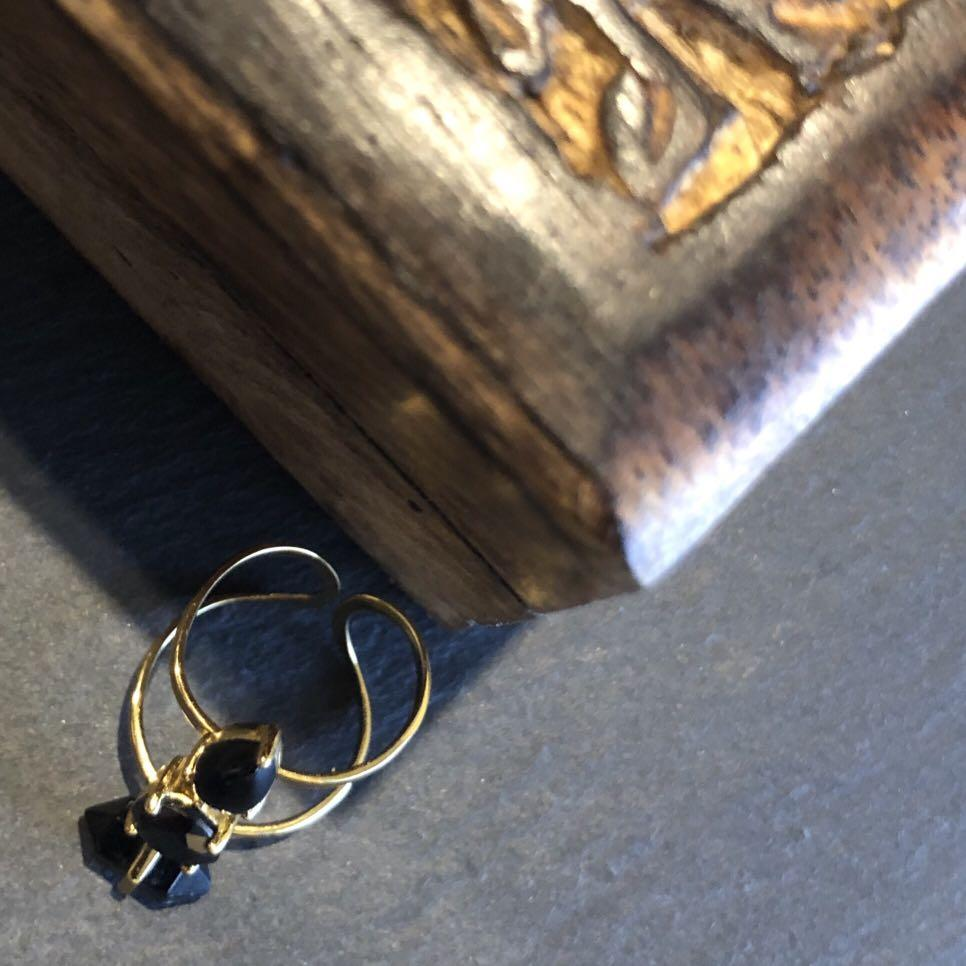 Samantha Wills Horses and Hummingbirds Ring In Gold and Black Onyx