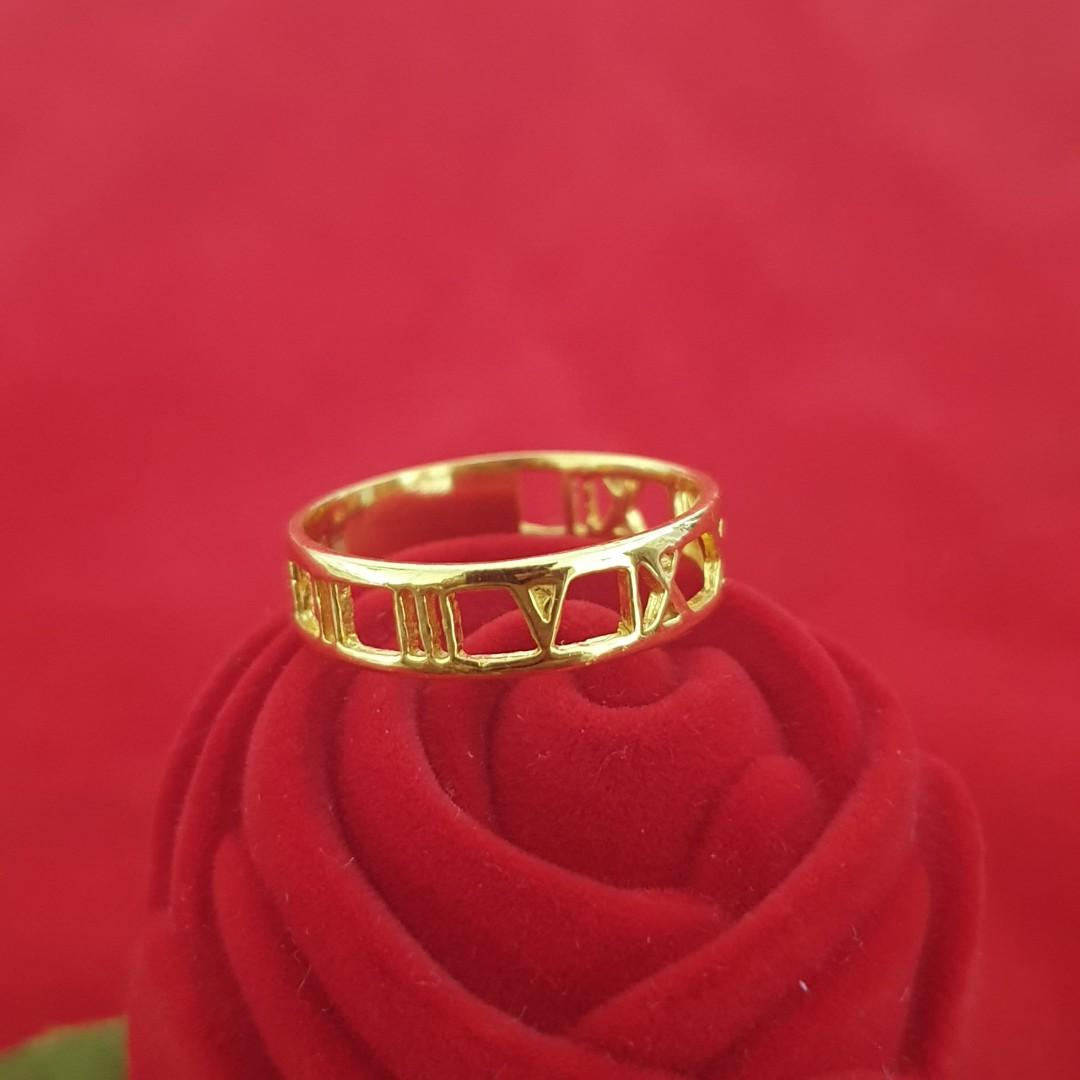 Tiffiny and co style Roman numeral 916 Gold Ring