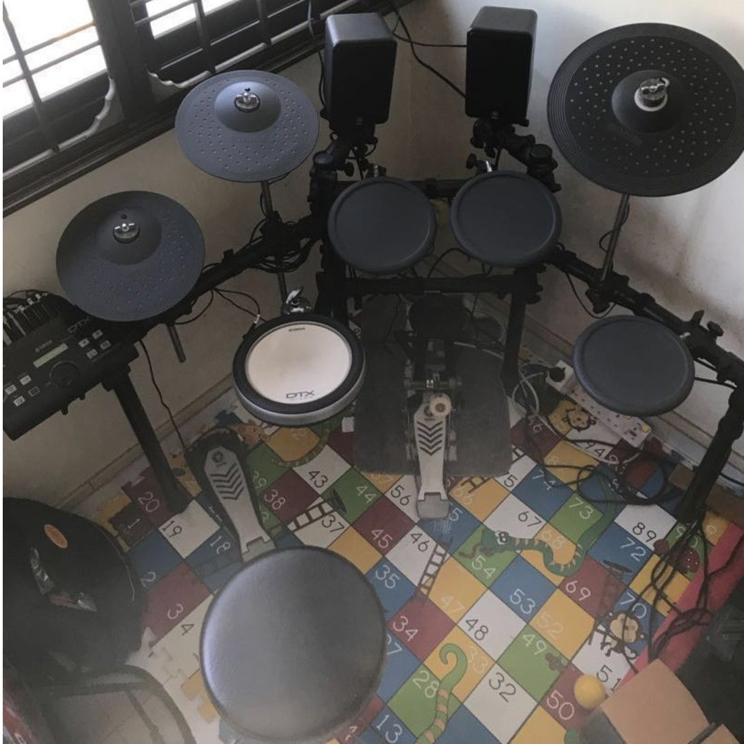 Yamaha DTX520k Electric Drum Set - BEST