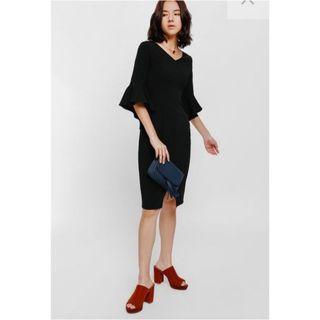 Love bonito Eleresta Bell Sleeve Midi Dress