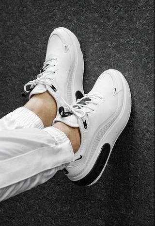 INSTOCKS Nike air Max DIA