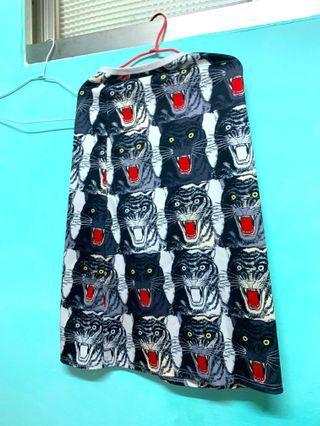 🚚 老虎岝裙