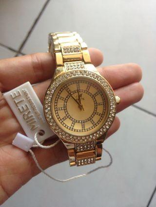 Jam tangan mirete