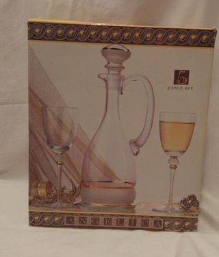 BNIB 5 Piece Wine Set