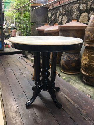 🚚 75cm vintage Kopitiam table