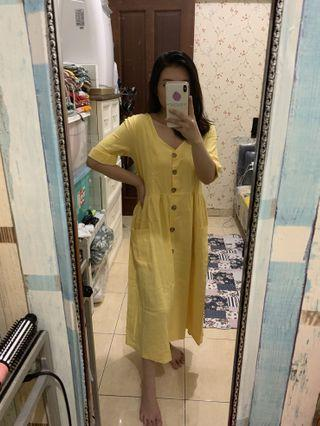 Yellow mididress