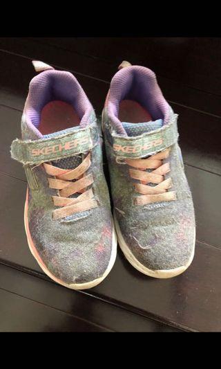 Sepatu anak Perempuan Skechers size 32