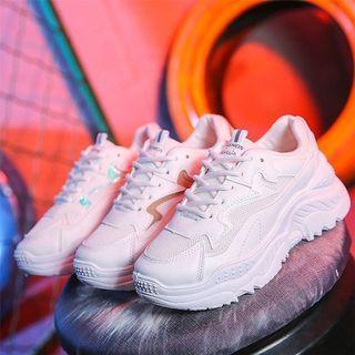 🚚 新品全白老爹鞋😎