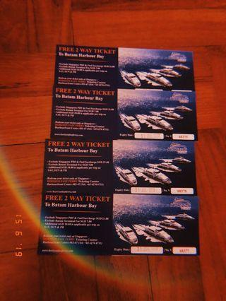 2 way Ferry tickets (4pax)