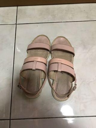 Marie claire sandals sz 39