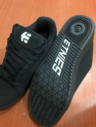 全新 Etnies es黑色滑板運動鞋 US11
