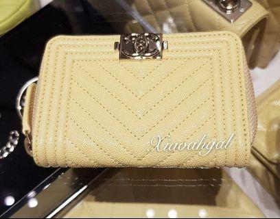 ✔RESERVE (On Hold Payment)✔💛19S 💛 Chanel yellow caviar gold hardware boy zippy cardholder wallet (3 compartments)