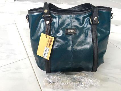 🚚 💚sale!🍀BNWT Tod's green blue bucket bag