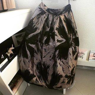 Midi Full Skirt (Bronze/Gold & Black)