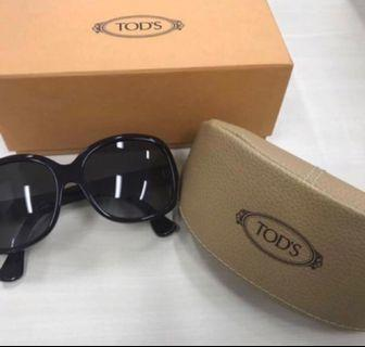 Tod's Authentic Women Sunglasses (Pre-Owned)