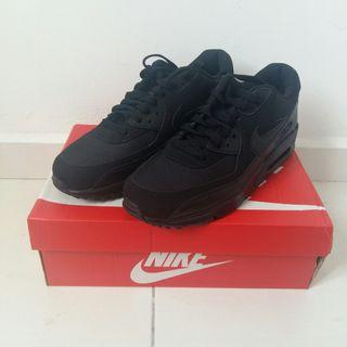 Nike Airmax 90 Essential Tripple Black