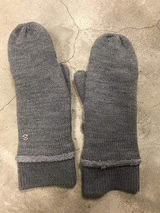 Lululemon women's gloves 保暖手套