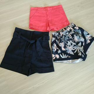 🚚 Set P - 3 Shorts for $18. TEMT, Mango, Zalora.