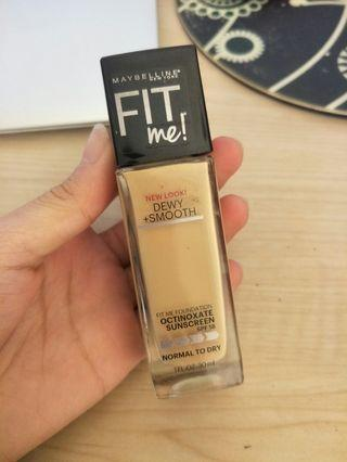 Maybelline Fit Me Dewy and Smooth Liquid Foundation