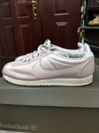 Nike 阿甘鞋戀愛粉紫色24.5cm