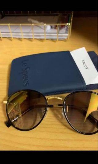 Le Spec Glasses