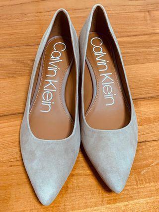 Calvin Klein Genoveva Pump 真皮高跟鞋 (全新-us7.5)
