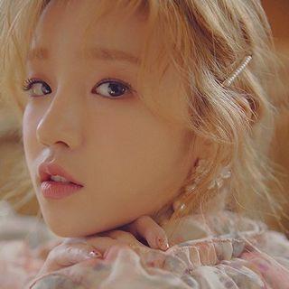 🚚 Yuqi pearl hairpin