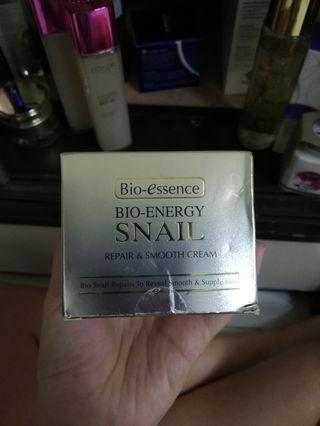 Inc pos Bio essence snail cream