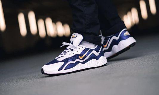 Nike Air Zoom Alpha 白藍  限定款 Nike Air Zoom Alpha 藍白配色 超帥氣老爹鞋 鞋面採用藍色和白色異材質拼接 春夏著用超級帥氣💕💕 私我看細圖❤️
