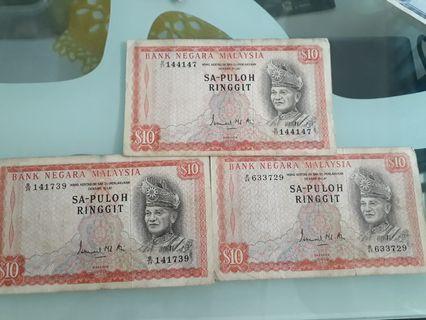 Vintage $10 Malaysian notes