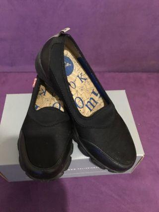 🚚 德國手工氣墊鞋