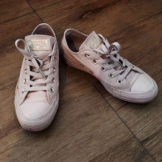 Converse Dusty Pink Sneakers