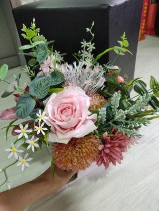 Artificial flower hand bouquet
