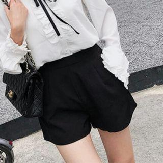 Korean Pretty Black Shorts Pants With Side Pockets