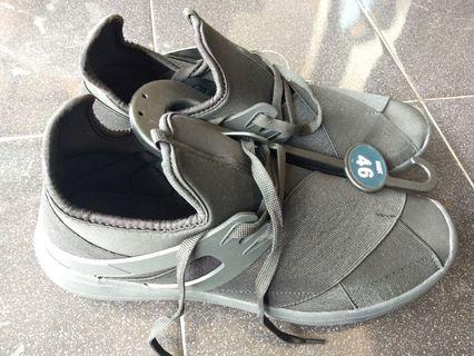 Sepatu Max cowok ori