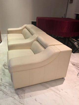 Cream White Comfortable 3 seater (detached 2 + 1)