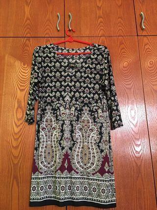 🚚 Paisley dress