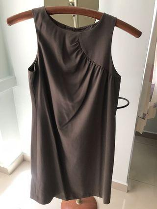 T-Joue Brown dress